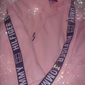 Tommy Hilfiger Women's pink sweat suit.
